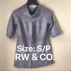 RW & Co knitted top